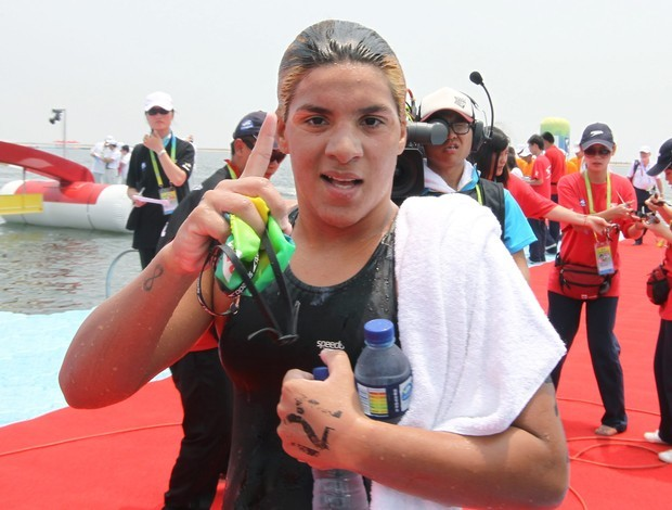 Ana Marcela, ouro nos 25km em Xangai (Foto: EFE)