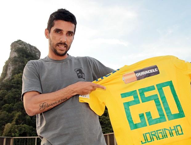 Jorginho futebol de areia seleção brasileira camisa 250 jogos (Foto: MPC RIO Comunicação)