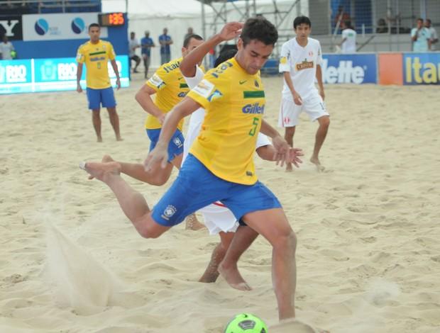 bruno malias seleção brasileira futebol de areia (Foto: Diego Mendes/CBBS)