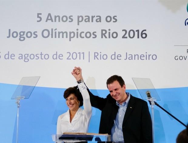 rio 2016 Maria Silvia Bastos Marques e Eduardo Paes (Foto: Agência Estado)