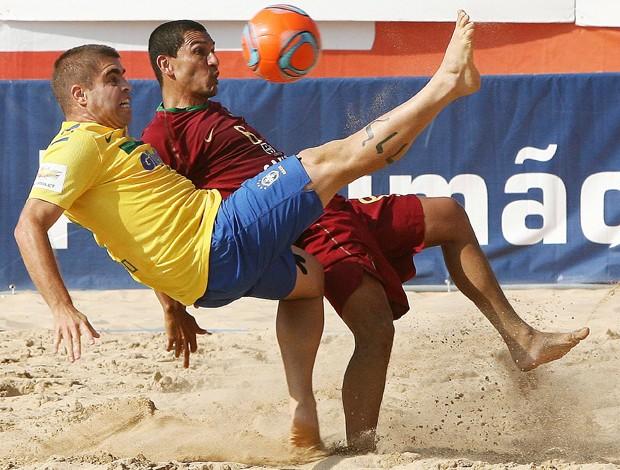 brasil x portugal futebol de areia betinho (Foto: EFE)