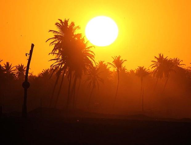 O por do sol na Praia do Cumbuco, no Ceará, durante a primeira etapa do circuito nacional de kitesurfe (Foto: Mauricio Val / Divulgação)