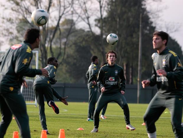galhardo treino mundial sub 20 (Foto: Reuters)