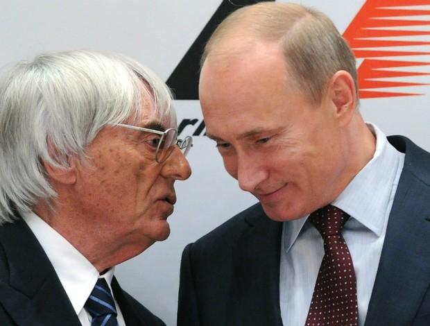 Bernie Ecclestone e Vladimir Putin em cerimônia de oficialização do GP da Rússia em 2014 (Foto: Getty Images)