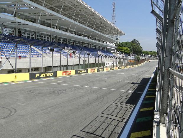 Interlagos Fórmula 1 - Segunda-feira - 4 (Foto: Rafael Lopes / Globoesporte.com)