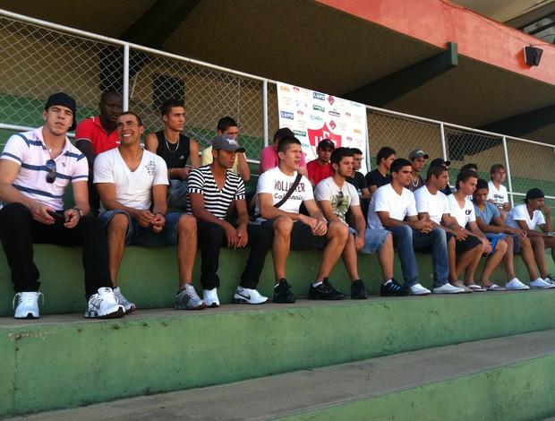 Uberaba Sport - Jogadores que vão disputar o Mineiro em 2012 (Foto: Eduardo Idaló / GLOBOESPORTE.COM)