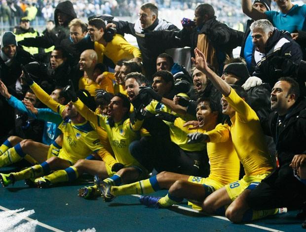 Apoel comemora classificação na champions depois de jogo contra o Zenit (Foto: AP)