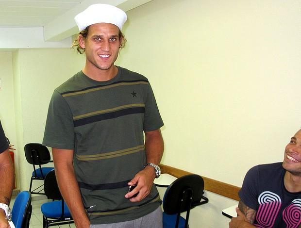 Rafael Moura do Fluminense durante teste na Marinha (Foto: Divulgação / Capitania dos Portos)
