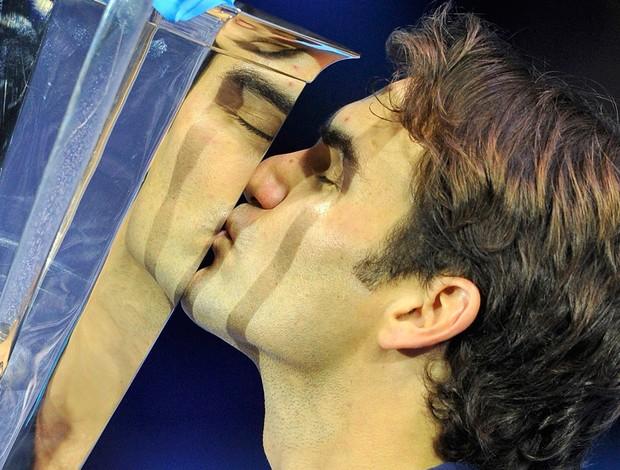 Federer bate Tsonga e é o primeiro a conquistar seis títulos no ATP Finals
