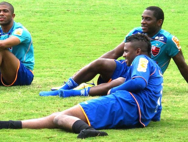Felipe no treino do Flamengo (Foto: Janir Junior / GLOBOESPORTE.COM)