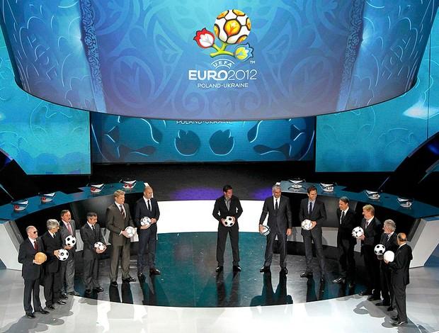 Sorteio da Euro 2012 na Polônia e Ucrânia (Foto: Reuters)