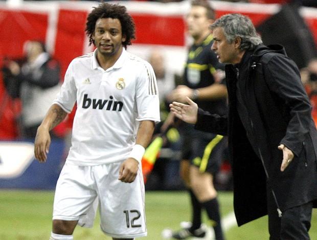 marcelo josé mourinho real madrid sporting gijon (Foto: Agência EFE)