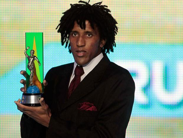 cortês prêmio craque do brasileirão (Foto: Marcos Ribolli/GLOBOESPORTE.COM)