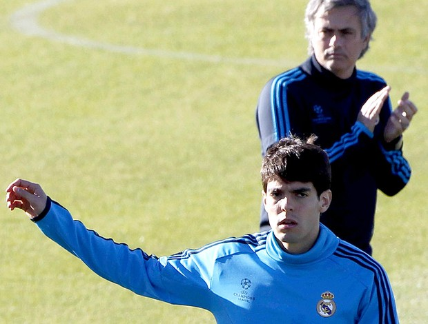 Kaká e José Mourinho no treino do Real Madrid (Foto: EFE)