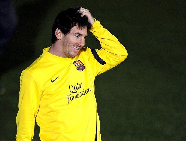 Messi no treino do Barcelona no Japão (Foto: EFE)
