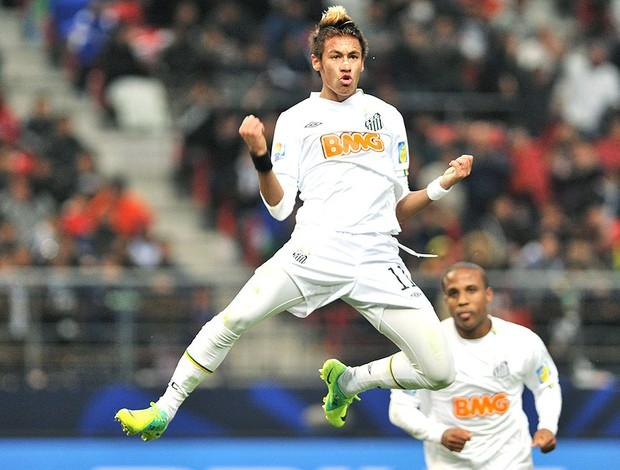 Neymar comemora gol do Santos contra o Kashiwa (Foto: AFP)