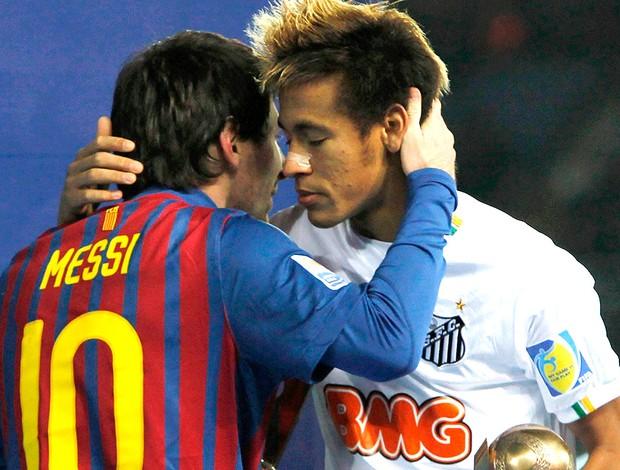 Neymar ganha abraço de Messi na final do Mundial (Foto: Reuters)