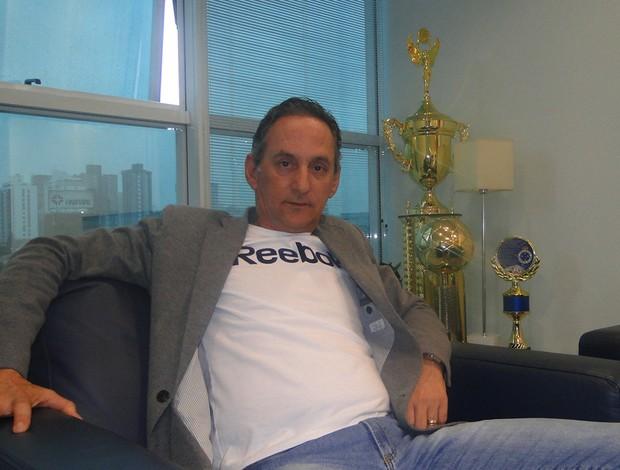 Dimas Fonseca  diretor de futebol do Cruzeiro (Foto: Fernando Martins/Globoesporte.com)