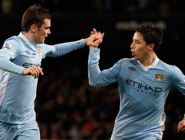 Johnson nasri Manchester City x Stoke (Foto: Reuters)