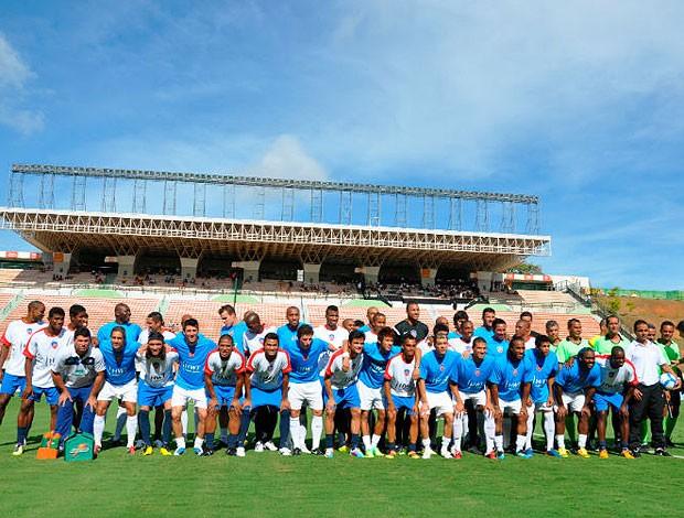 foto oficial dos dois times do super desafio de natal em salvador (Foto: Eric Luis Carvalho/Globoesporte.com)