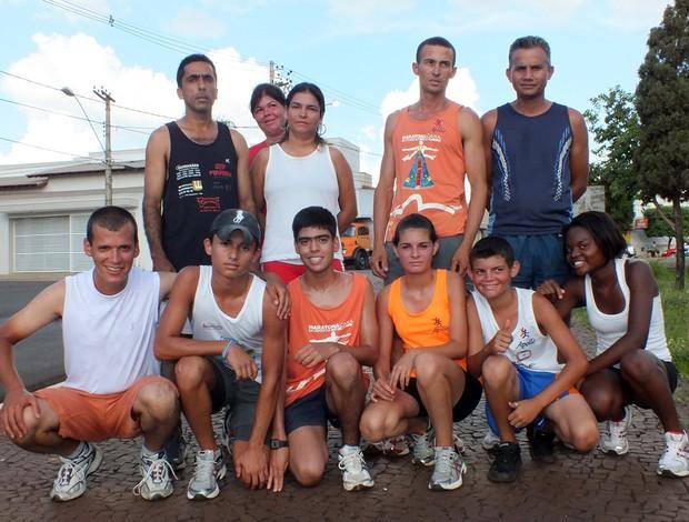 Atletas de rua de Ituiutaba (Foto: Secom Pref. de Ituiutaba)