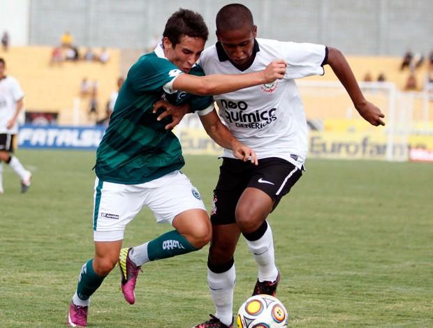 5aa787910f Corinthians bate o Goiás e avança para as oitavas de final da ...