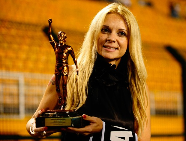 Katia Vieira, Mulher de Sócrates, Corinthians x Portuguesa (Foto: Marcos Ribolli/Globoesporte.com)