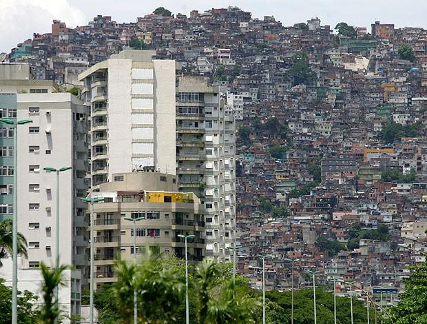 Rocinha corrida (Foto: Fábio Motta / Ag. Estado)
