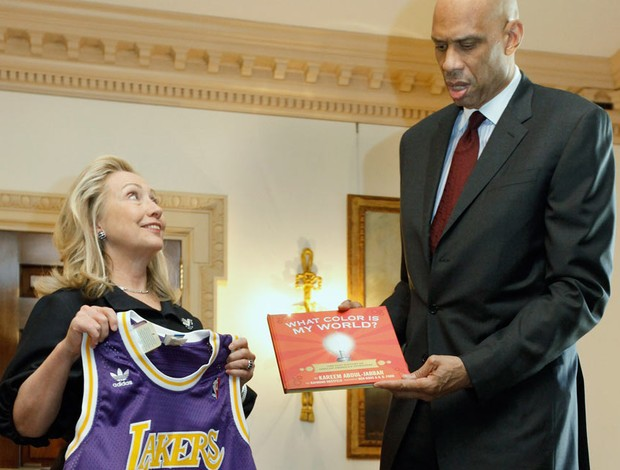 Hillary Clinton  Kareem Abdul Jabbar (Foto: Getty Images)