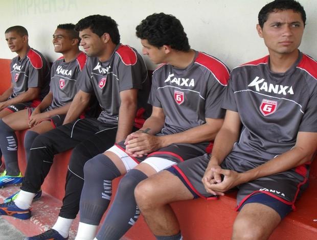 Jogadores do Guarani-MG se reapresentam no Farião  (Foto: Cleber Corrêa/GLOBOESPORTE.COM)