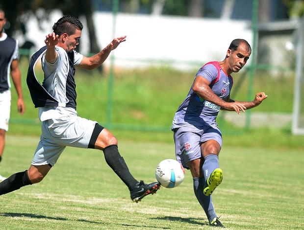 Felipe no treino do Vasco contra o Imperial (Foto: Ari Gomes / Divulgação)