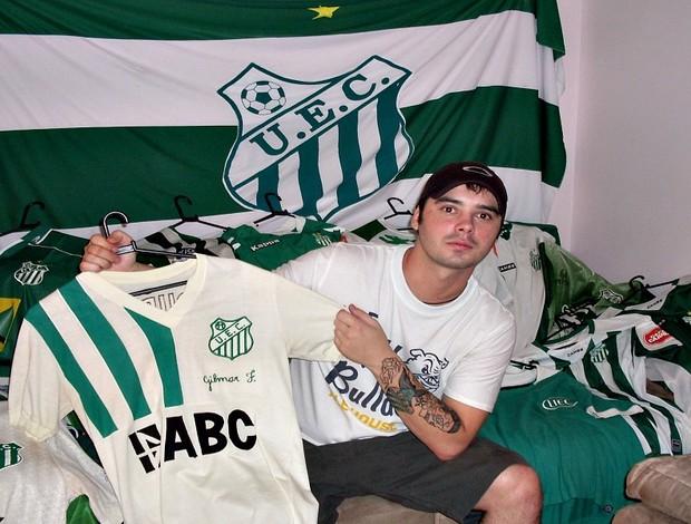 Vinícius Mastrei torcedor apaixonado pelo Uberlândia Esporte (Foto: Arquivo Pessoal / Vinícius Maestri)