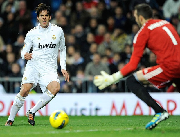 kaká real madrid gol zaragoza (Foto: Agência Getty Images)