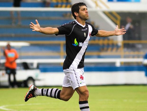 Juninho pernambucano vasco gol duque de caxias (Foto: Rui Porto Filho / Agência Estado)