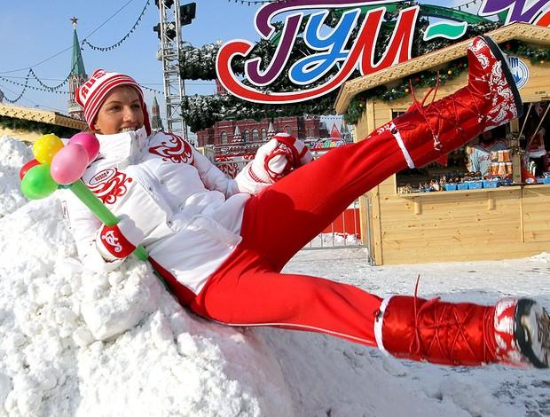 Kuznetsova e a equipa da Rússia de tênis brincam na neve (Foto: AFP)