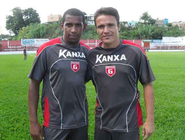 Xibamca e Marinho, atacantes do Guarani-MG (Foto: Cleber Corrêa)
