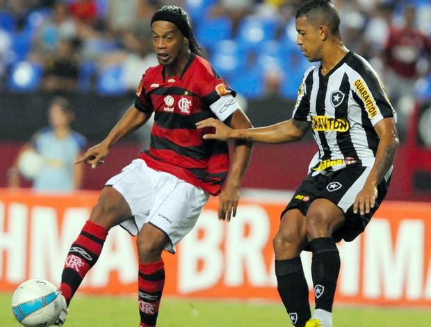 Ronaldinho Gaúcho Flamengo x Botafogo (Foto: André Portugal / VIPCOMM)