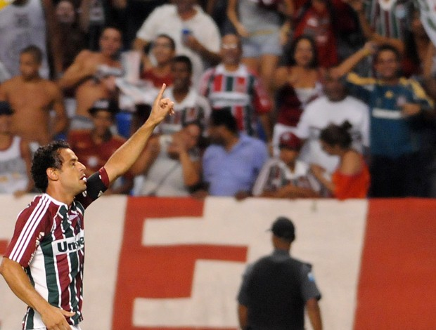 Fred gol  Fluminense x Arsenal (Foto: Dhavid Normando / Photocamera)