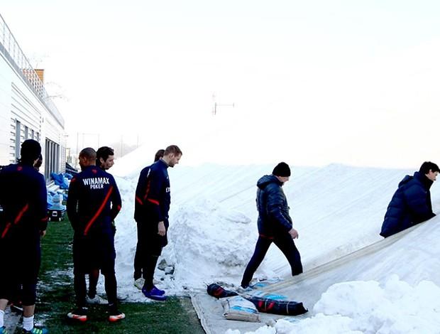 jogadores do PSG treinam em bolha climatizada (Foto: Reprodução / Site Oficial)