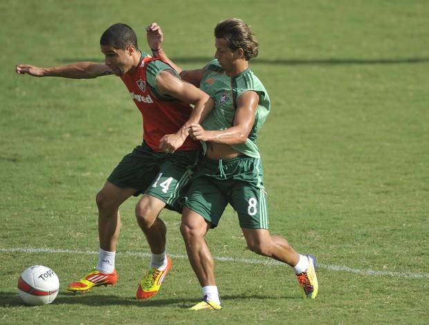 Bruno treina nas Laranjeiras (Foto: Dhavid Normando/Photocamera)