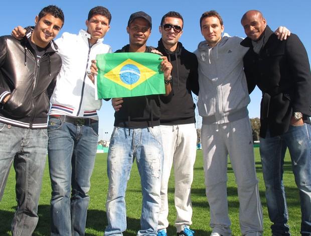 jogadores brasileiros do Apoel Nicósia (Foto: Cahê Mota / Globoesporte.com)