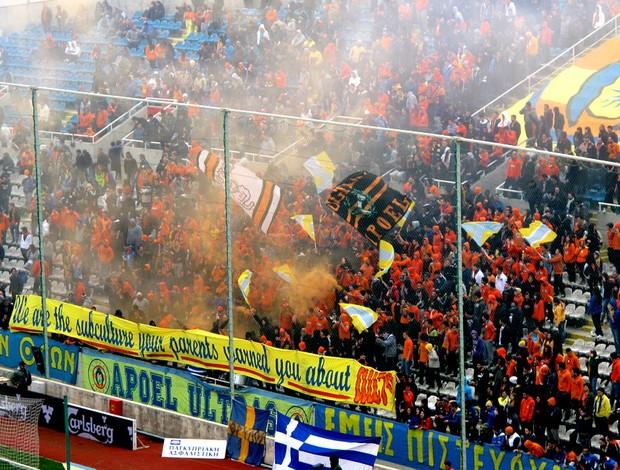 torcida apoel  (Foto: Cahê Mota / Globoesporte.com)