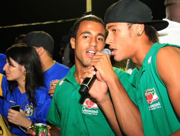 Neymar lucas carnaval salvador (Foto: Luciano Kameskase / Agência Estado)