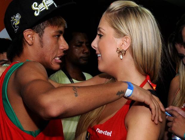 Neymar carnaval salvador (Foto: Valter POntes / Agência )