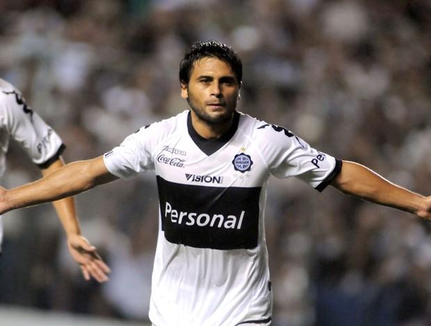 Maximiliano Biancucchi gol Olimpia (Foto: EFE)