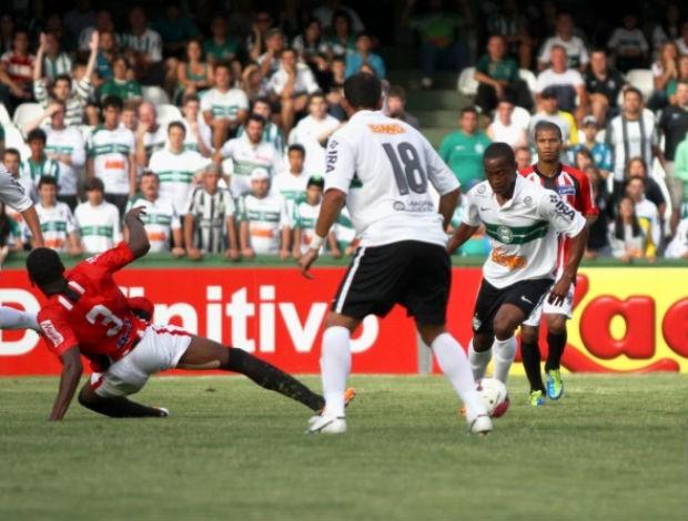 Emerson Santos estreia no Coritiba contra o Roma (Foto: Divulgação / Coritiba)
