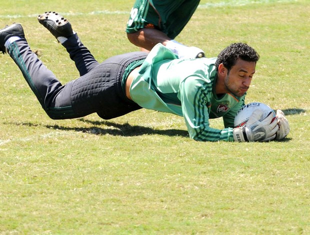 fred fluminense treino (Foto: Dhavid Normando / Photocamera)