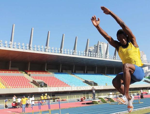Mauro Vinícius do atletismo (Foto: Fernanda Paradizo / FPA)