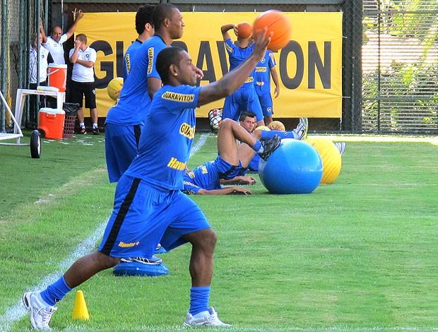 Jobson no treino físico do Botafogo (Foto: Thales Soares / Globoesporte.com)