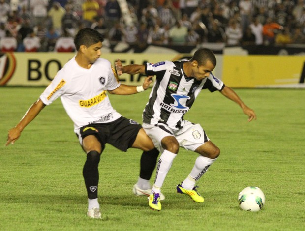 Treze-PB x Botafogo (Foto: Francisco França / Jornal da Paraíba)